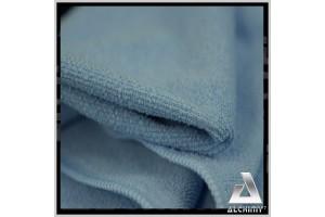 La serviette PRO7 est à poils courts.