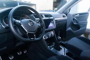 Tableau de bord de Volkswagen Tiguan, après nettoyage avec Total Wipe Out.