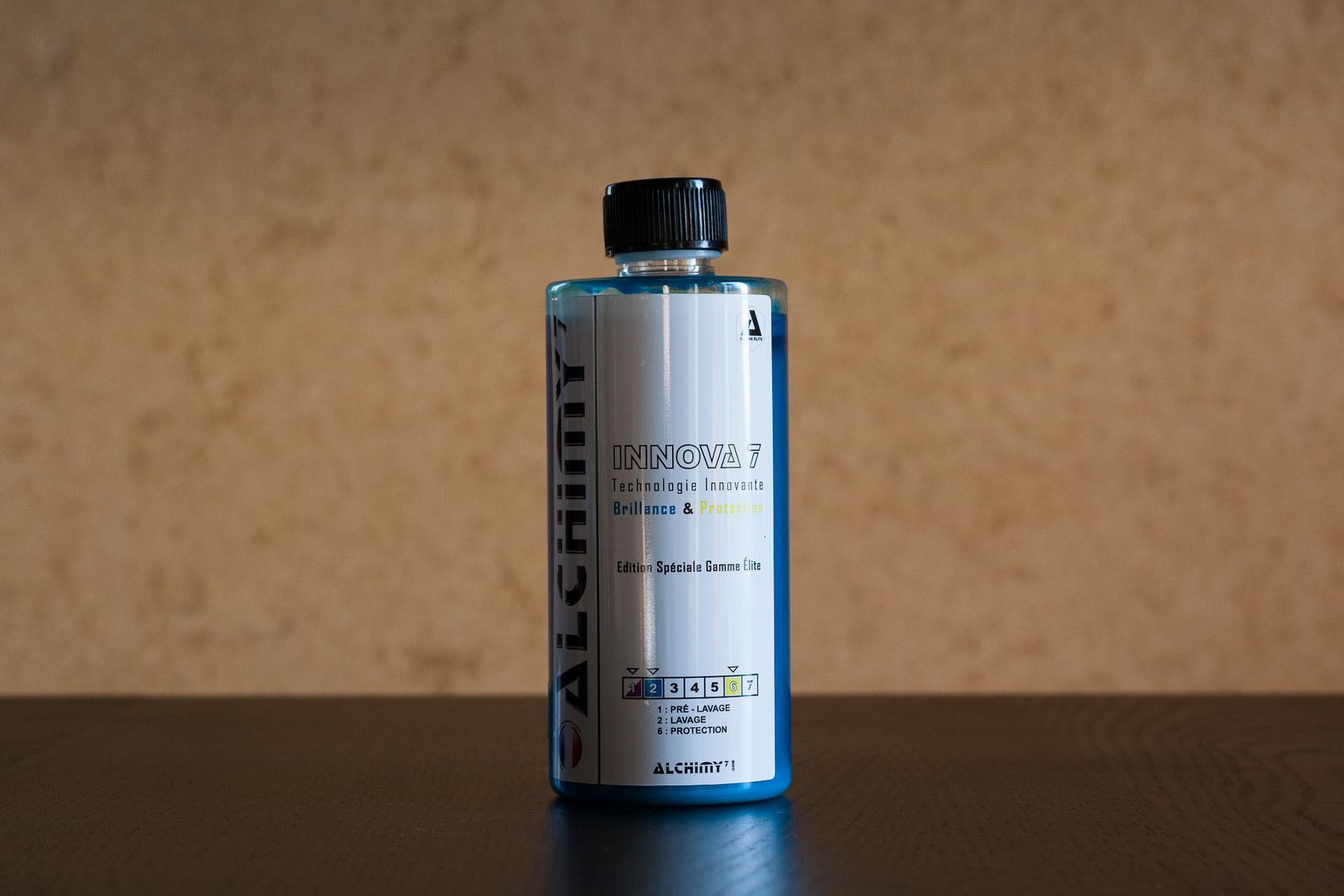 Innova 7 est un shampoing aux superbes rendus visuels et olfactifs - bouteille de 470 millilitres édition spéciale.